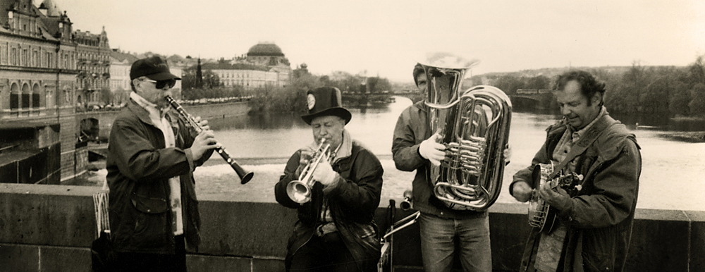 Charles Bridge jazz band in Prague